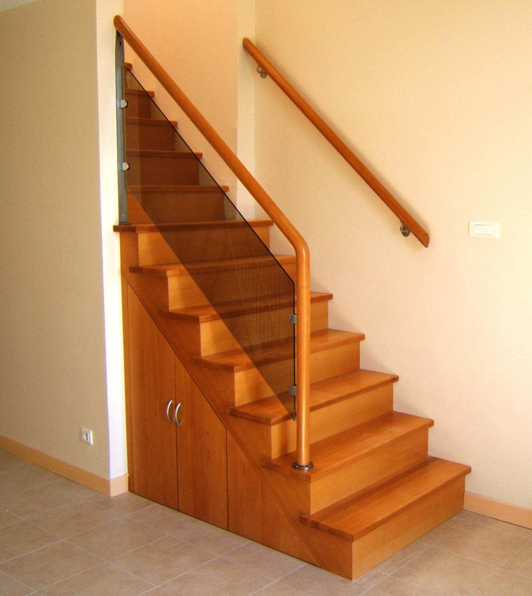 Escalier En Bois Avec Rangement départ d'escalier droit marseille prado - menuiserie md
