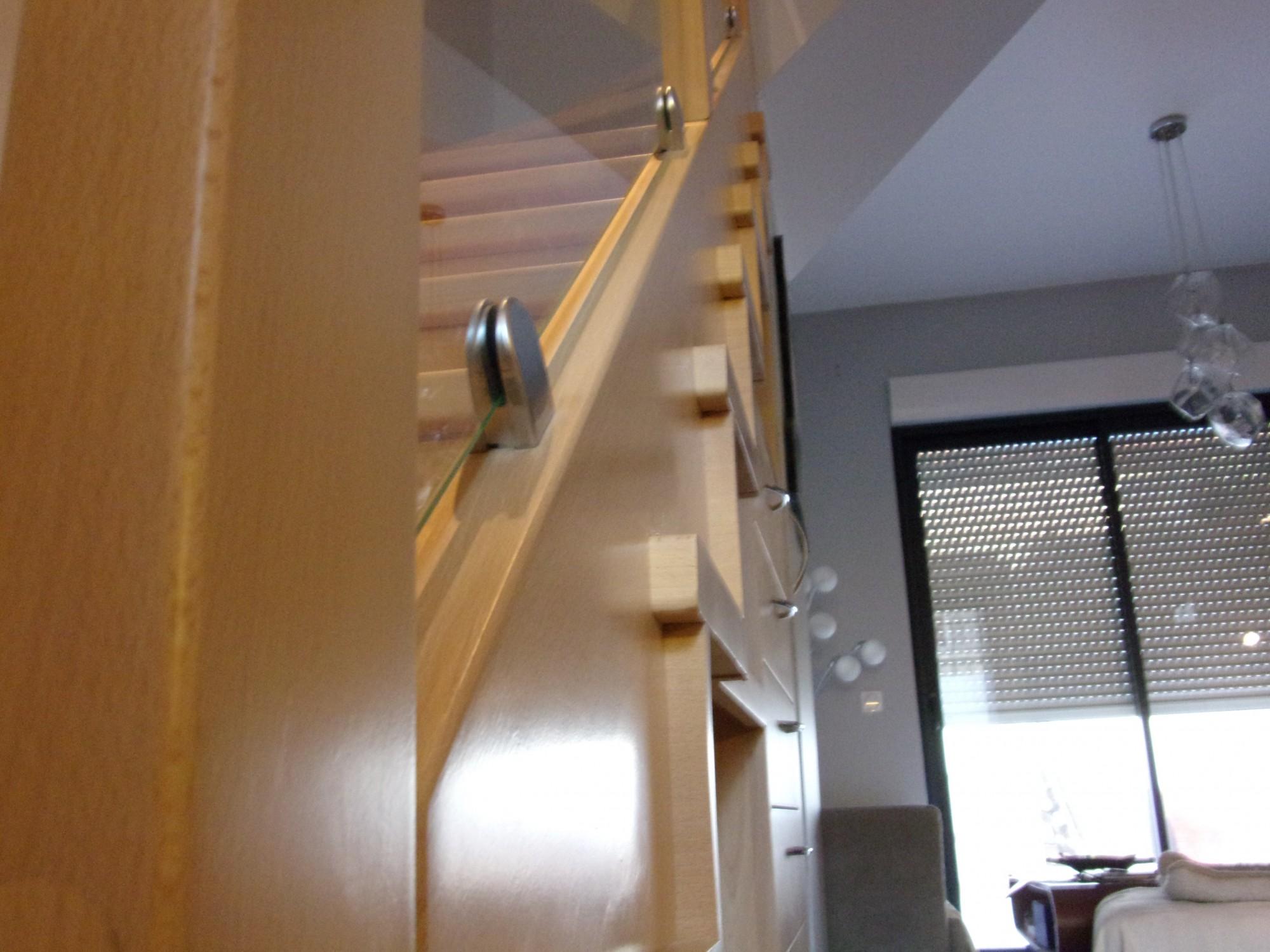 Escalier En Bois Avec Rangement escalier bois avec rangement - menuiserie md marseille