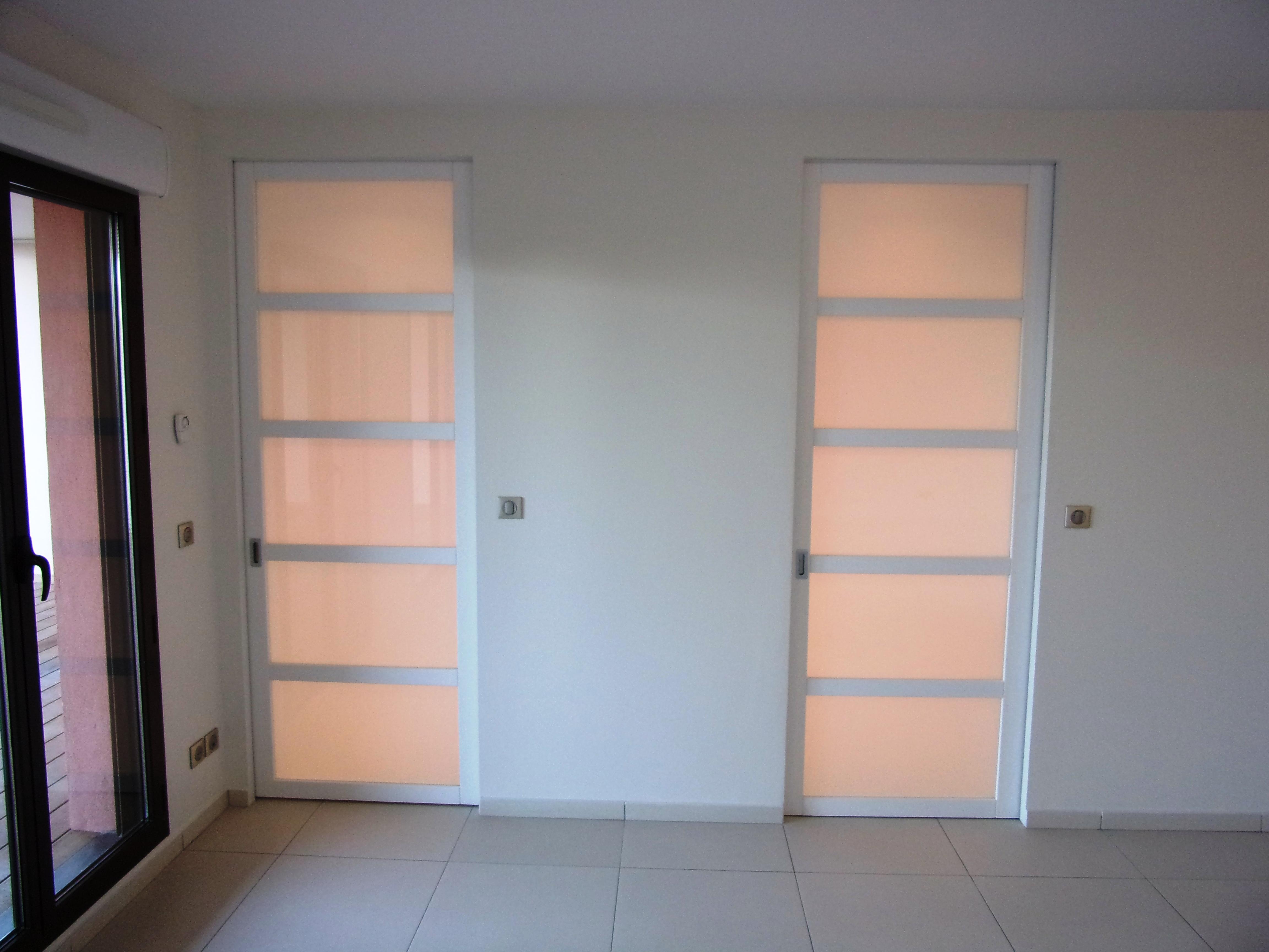 Porte Entree Vitree Opaque portes intérieures coulissantes laquées blanc avec vitrages